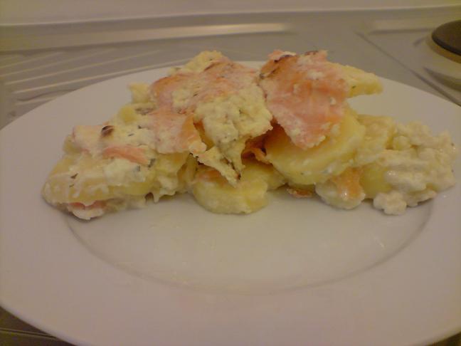 gratin de pommes de terre au saumon mon blog ww. Black Bedroom Furniture Sets. Home Design Ideas