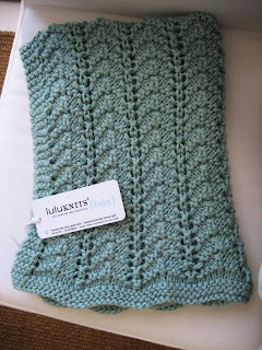 52a46c3a1 LuluKnits  Easy Lacy Baby Blanket
