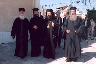 Αποτέλεσμα εικόνας για ιερείς και στην Πάτρα