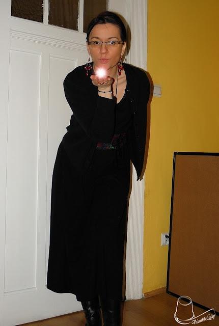 e-fectyinspiracja, czarna sukienka, midi sukienka, moda damska, kolorowy pasek, hand made, jak uszyć pasek,