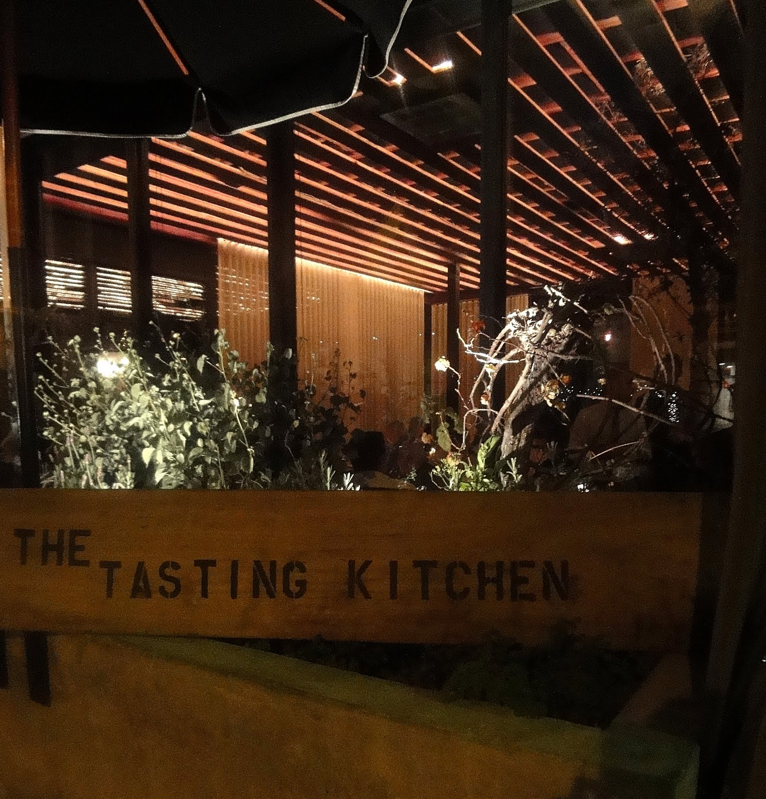 Block Away Tasting Kitchen Venice Just Sign Next