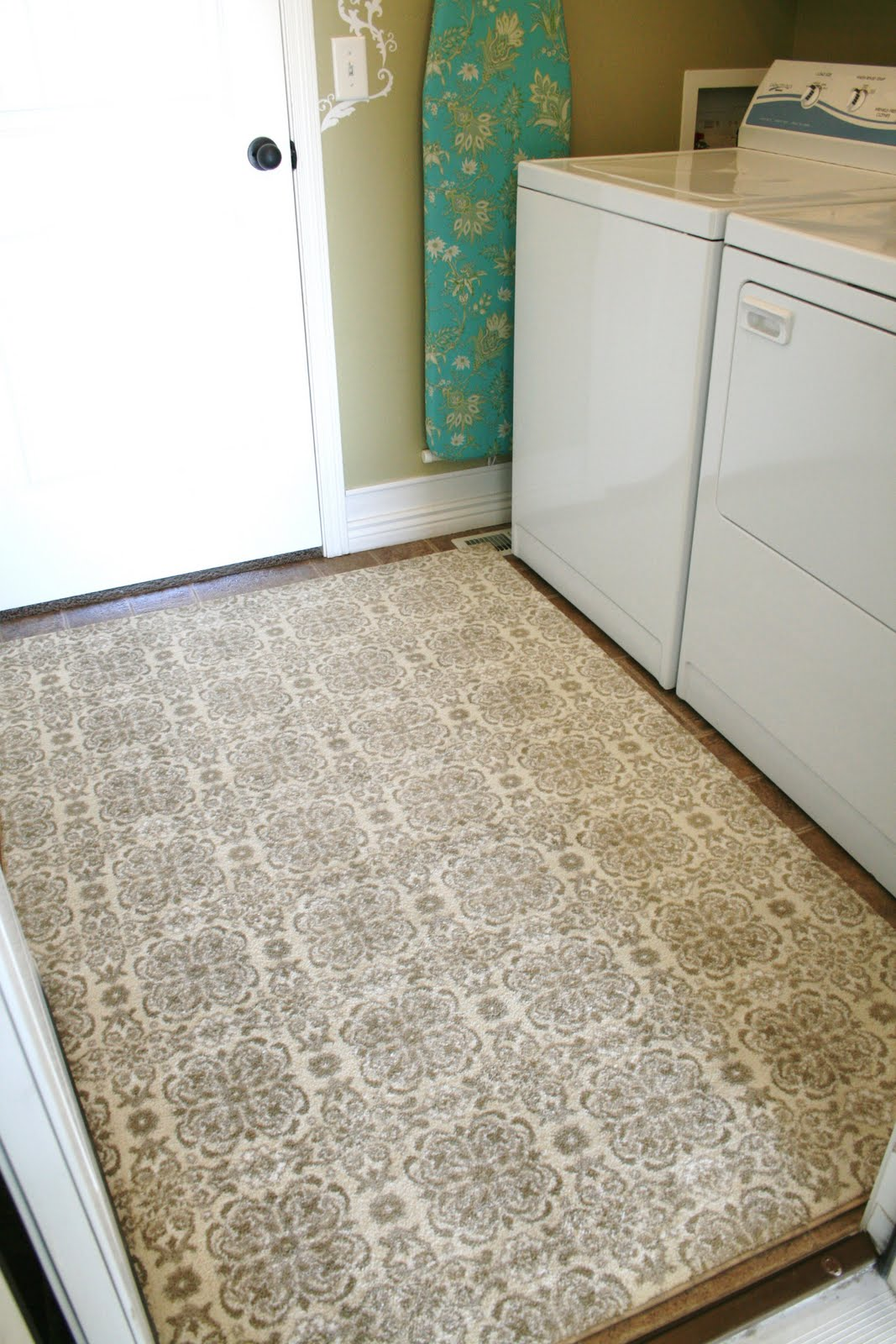 Great Ways To Freshen Up Your Laundry Room