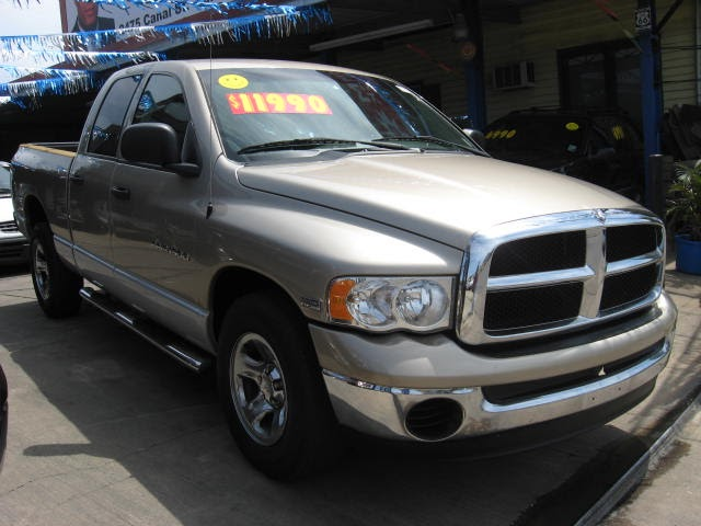 new orleans used car blog 2004 dodge ram 1500 crew cab slt hemi new orleans used cars and trucks. Black Bedroom Furniture Sets. Home Design Ideas