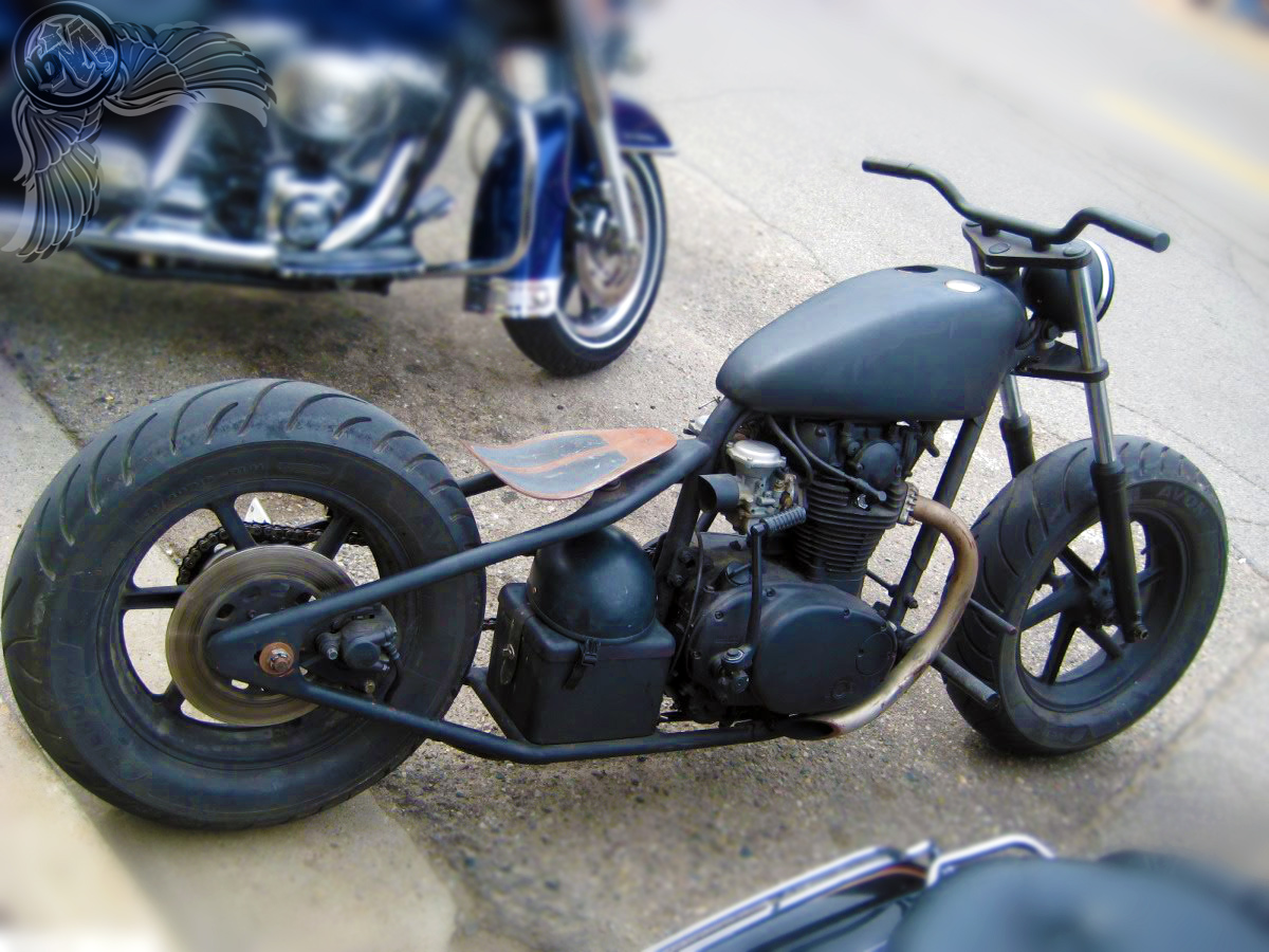 Xs Sf F as well Black Xs likewise Yamaha Xs Usa Cylinder Head Cylinder Head Cover Tx Axs B Bigyau A E moreover D A D B D A E F Cdd in addition Xs. on yamaha xs650 wiring diagram
