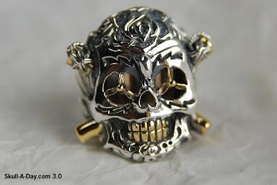 Good Art Hlywd Ring