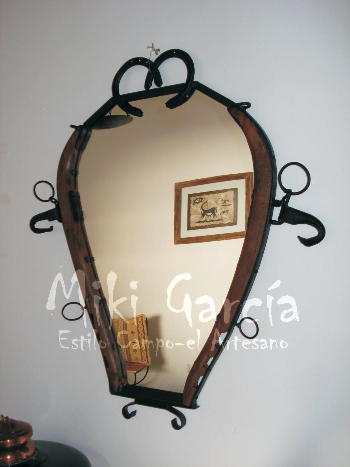 Estilo campo el artesano for Manualidades con puertas viejas