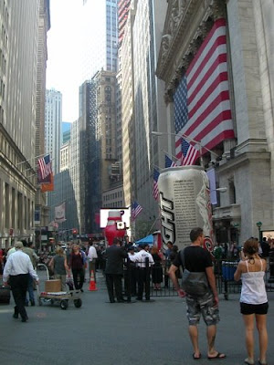 Walking Off the Big Apple: Extreme Quotes on Wall Street