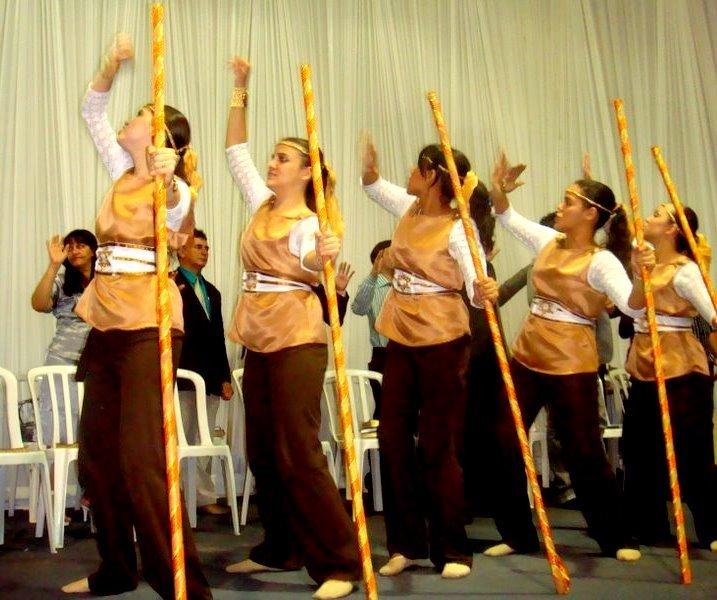 4fde62b101 Adonai  acessórios de dança e seus significados