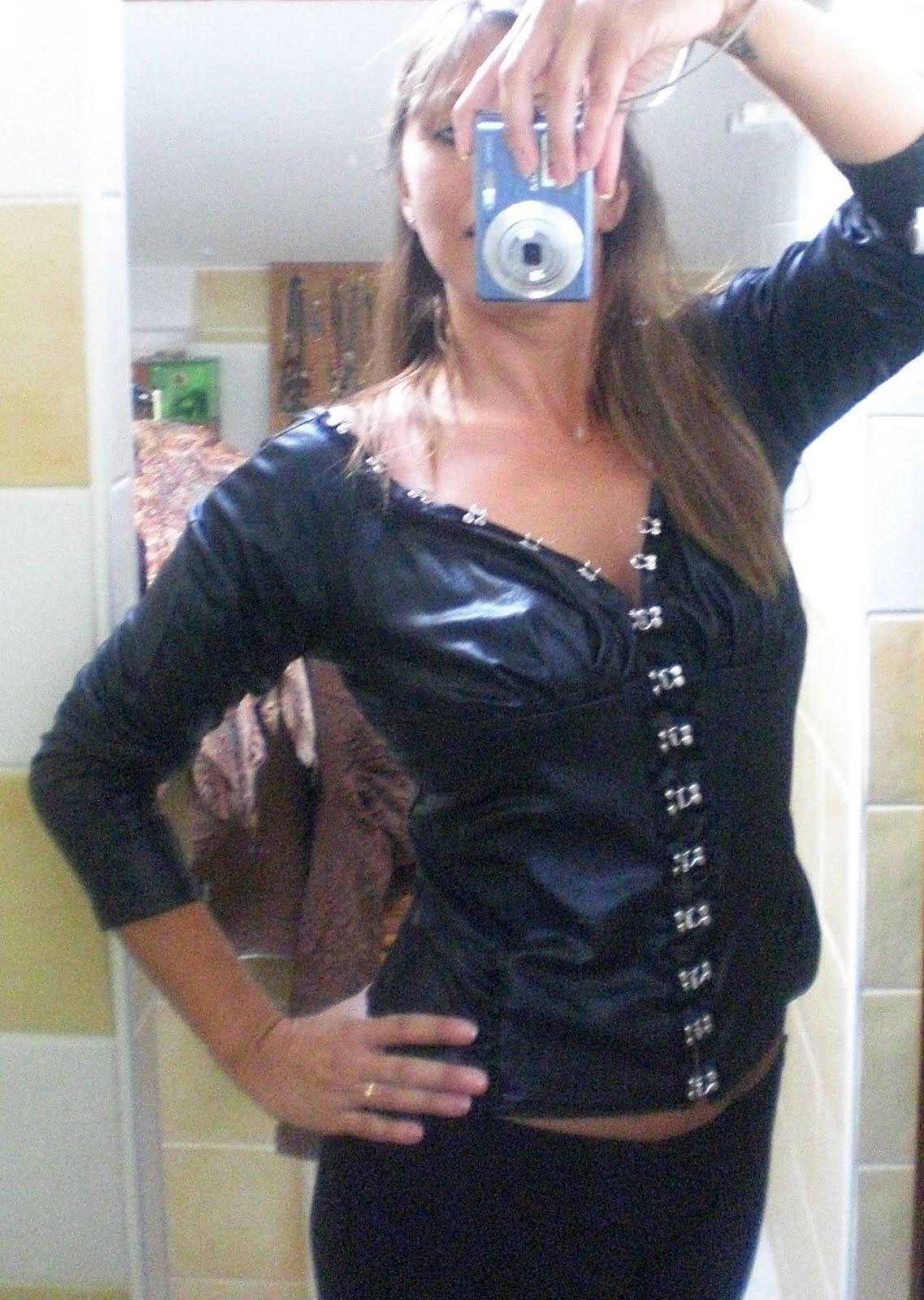 miss coco vide son dressing montpellier h rault 34 super sexy chemisier noir t 3. Black Bedroom Furniture Sets. Home Design Ideas