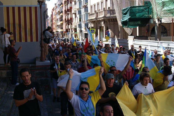 CC  ¡Canarias también existe! 72753_140219266025415_100001120275810_195519_2527446_n