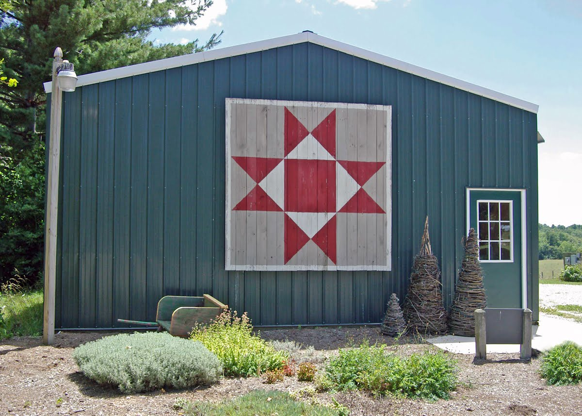Barn Quilts and the American Quilt Trail: December 2010