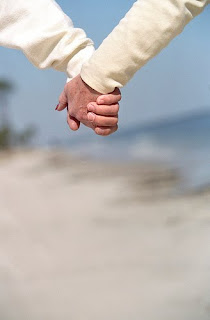 holdinghands - Wifey Wednesday: Getting on the Same Page