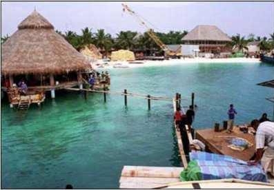 Underwater Restaurant - Click here