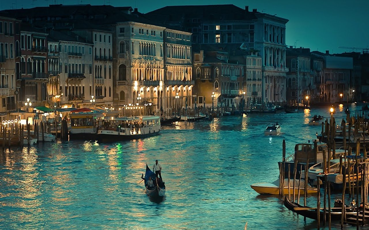 Italian Tourist: Venice, Italy - The Grand Canal Pictures