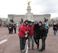 En el Queen Victoria Memorial, Londres