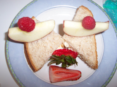 SILLY SANDWICH FACES FOOD IDEAS FOR KIDS
