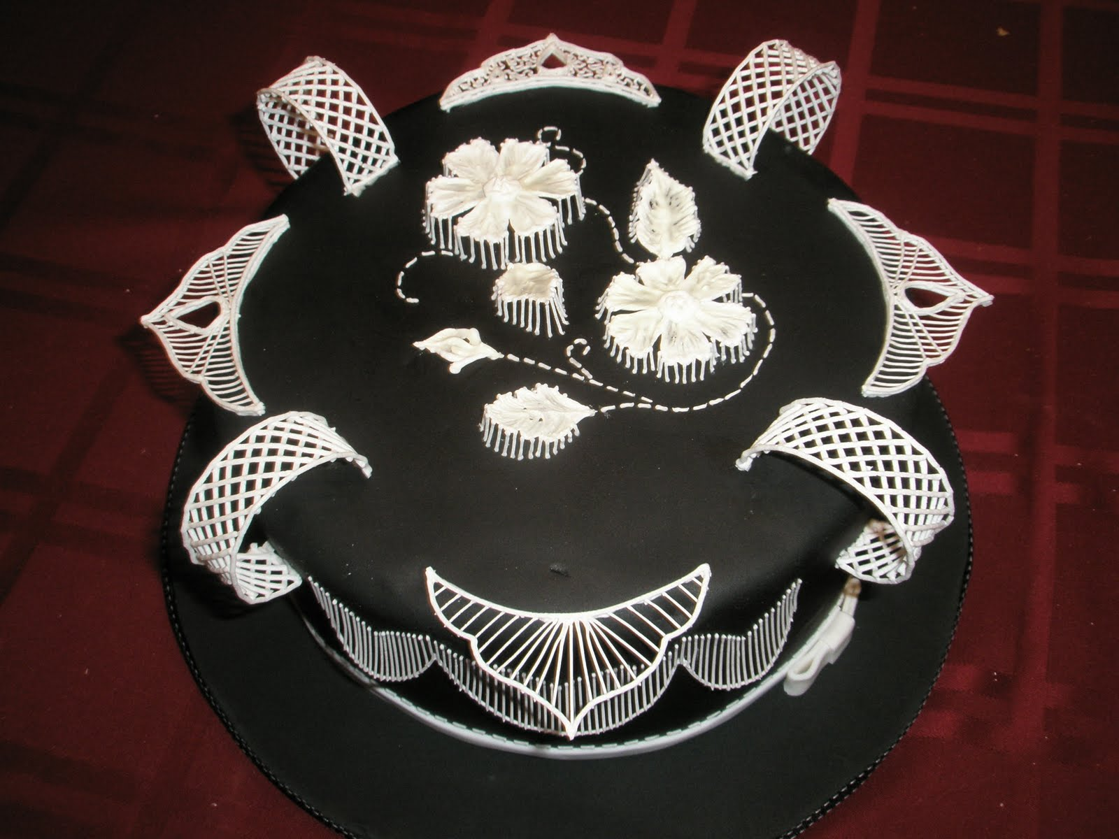 royal icing decorations wedding cake the cake engineer defying gravity royal icing style 19390