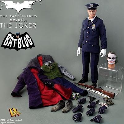 Hot Toys Joker Cop 34