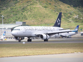 Air New Zealand, Airbus A320, ZK-OJA