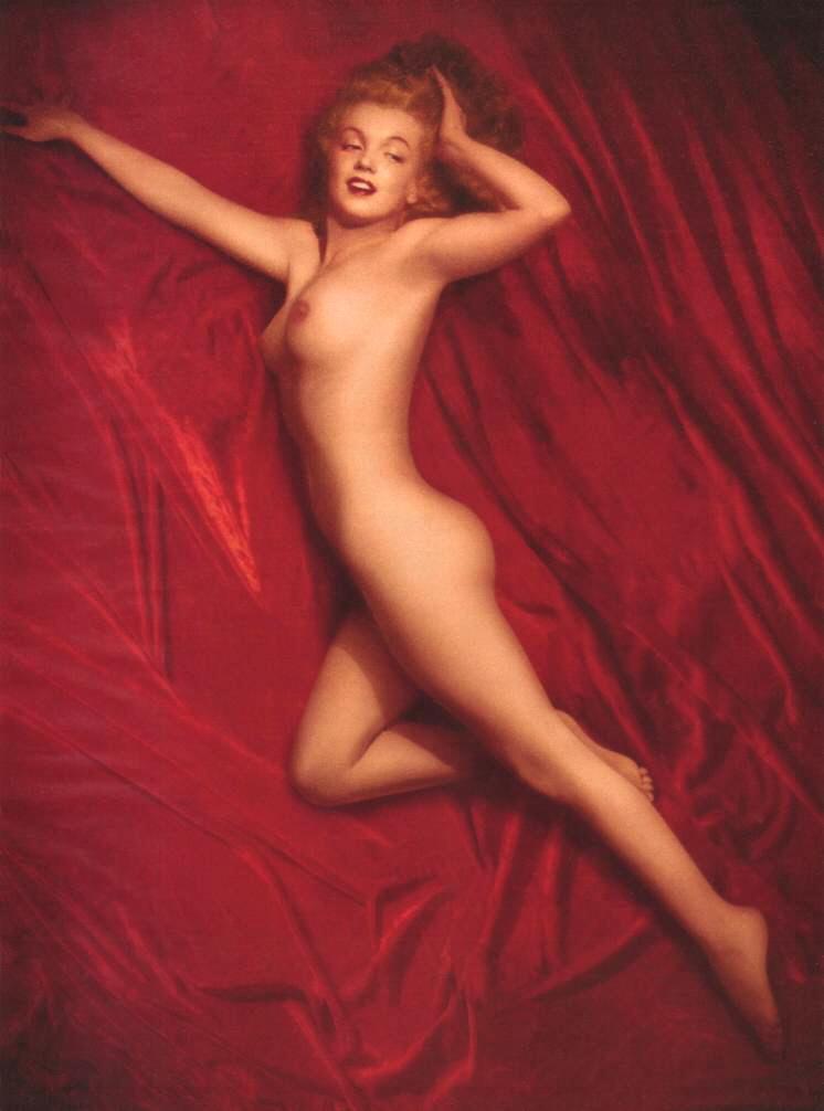 Comic Zone Marilyn Monroe Nude Play Boy Photos-9848
