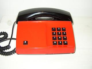 mobiltelefon för äldre stora knappar