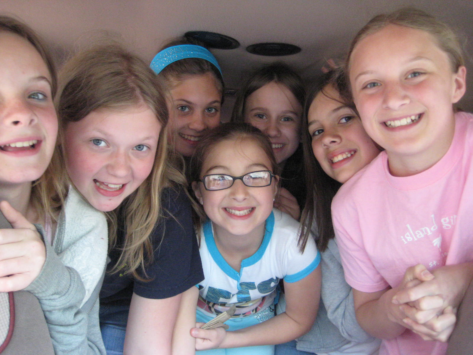 C-7 Girls: Queen Bees and Wannabees - Rules of Girl World ...
