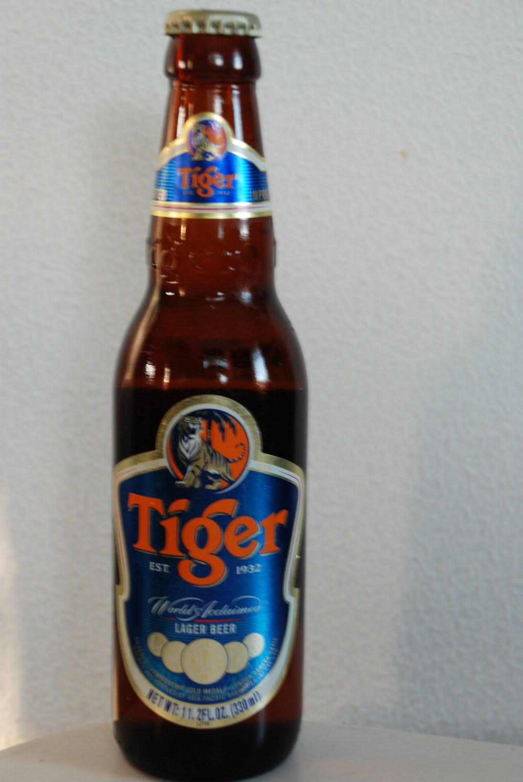 bde97e0c Tiger Lager Beer har en kosefaktor på 5% og er et middels lyst øl med en  gulaktig farge. Tiger har lite lukt, og heller ikke noe nevneverdig smak  bortsett ...