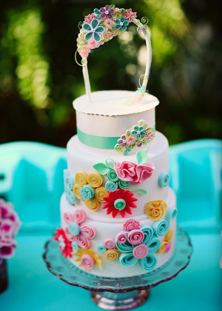 quilled cake