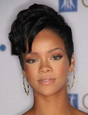 Short Hair Styles: Rihanna Hairstyle News 2009