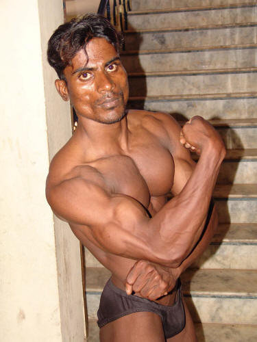 Gay Bodybuilder Pictures 38