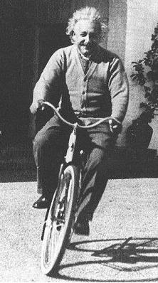 Einstein in bicycle