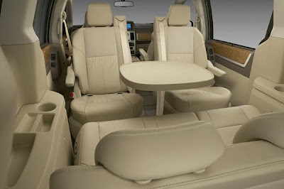 Garage Car Dodge Grand Caravan Wide Inside And Perfect Design 2009 Pictures And Video