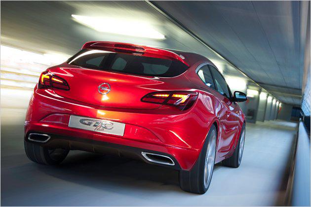 Luxury classic cars opel astra gtc 2011 paris elegante for Garage opel paris 12
