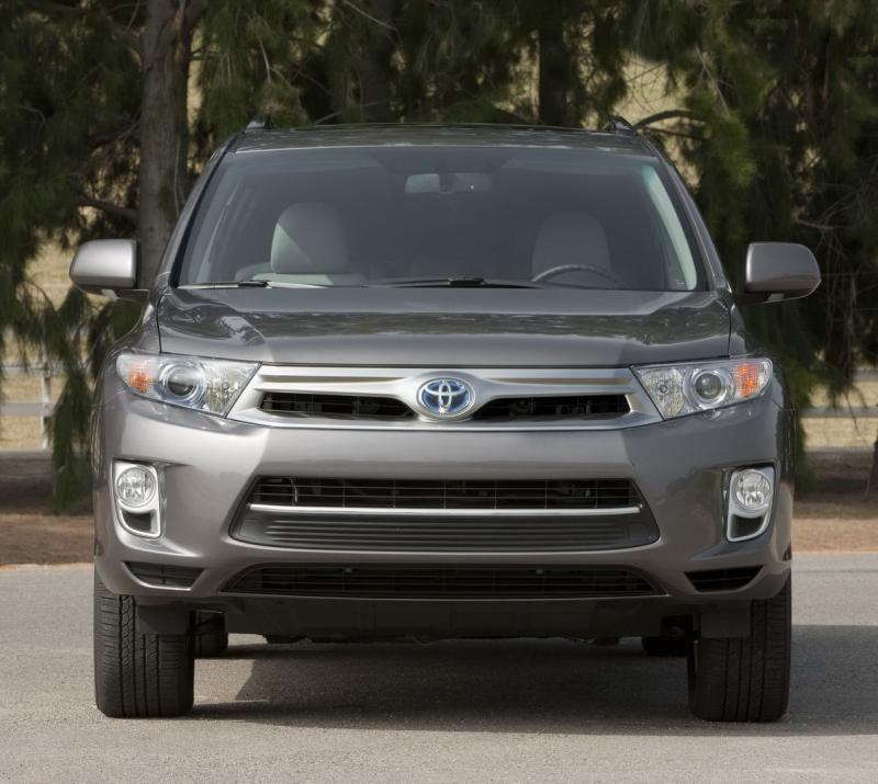 Hybrid Toyota Highlander: U.S. Sales Begin In The Renewed 2011 Toyota Highlander