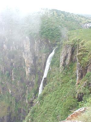 Mutarazi falls 10 Air Terjun Tertinggi di Dunia