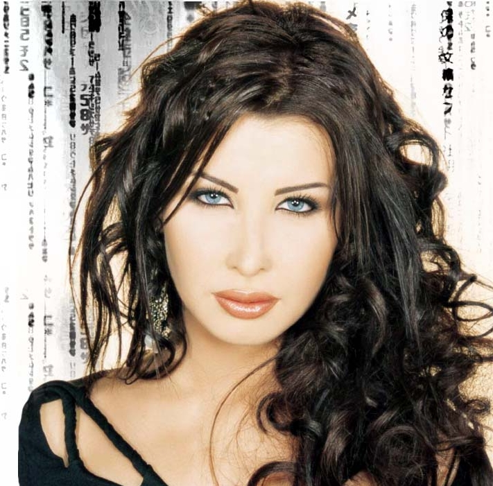 Shimmy & Beyond !: One of the Best Female Arab singers : Nancy Ajram