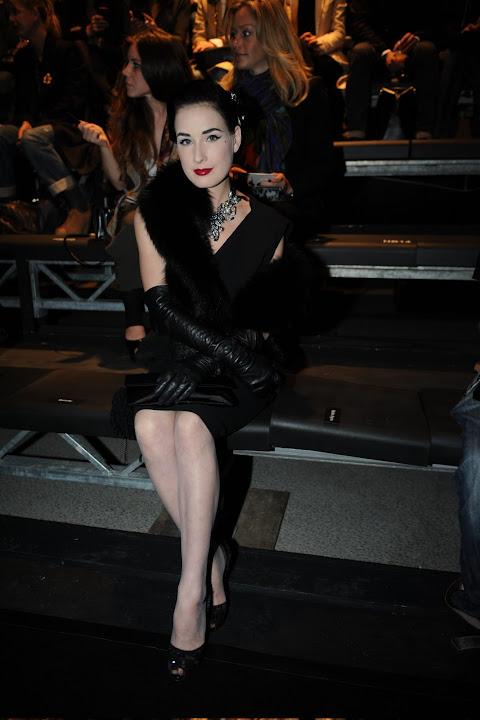 Leather Fasyen Dita Von Teese Uhq Lanvin Ready To