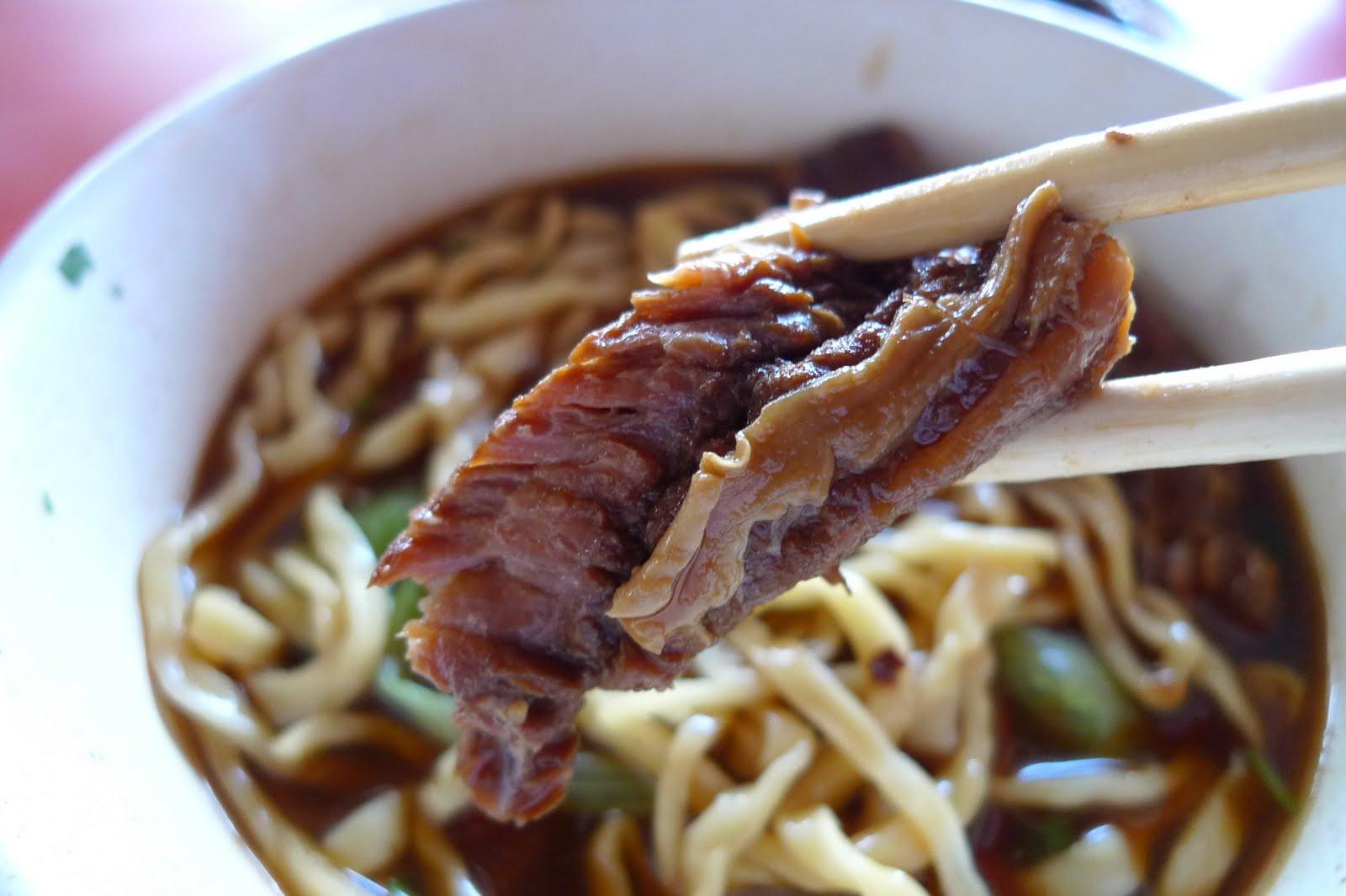 吃飽了沒: 屏東市--阿秀牛肉麵