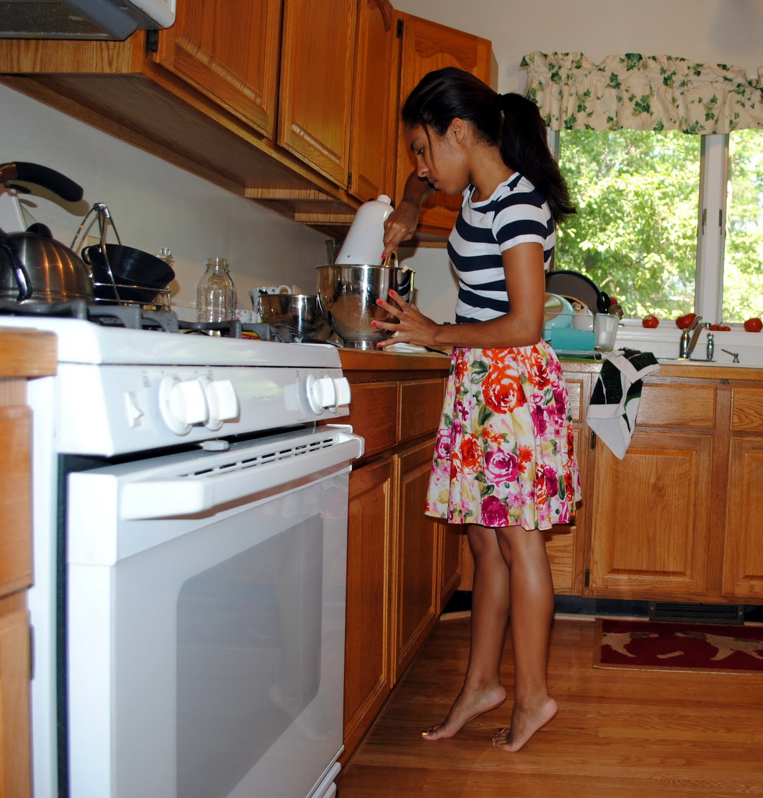 Barefoot Pregnant And In The Kitchen: In My Head This Is What I Look Like Whilst Barefoot In The