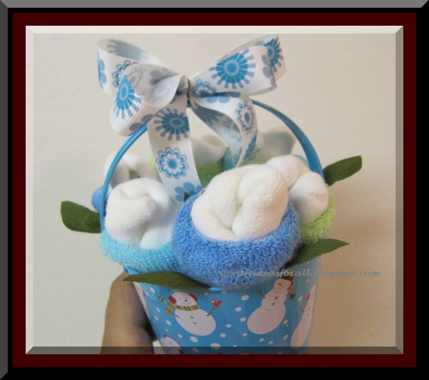 Baby Shower Gift Cake Diapers