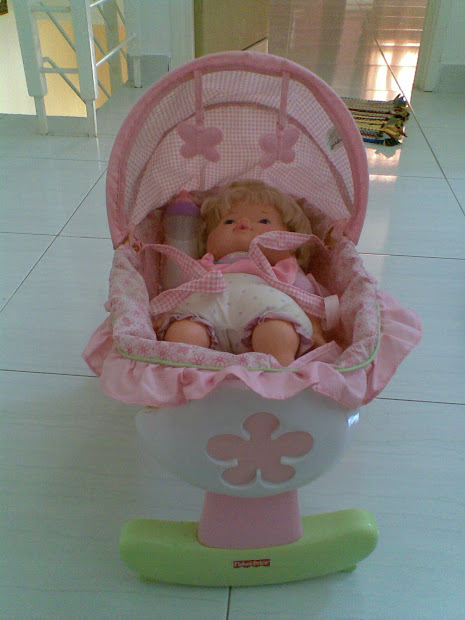 Mybundletoys Fisher Little Mommy Doll Cradle With
