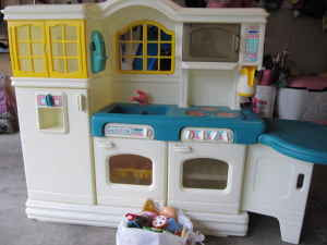 Mybundletoys Little Tikes Country Victorian Kitchen