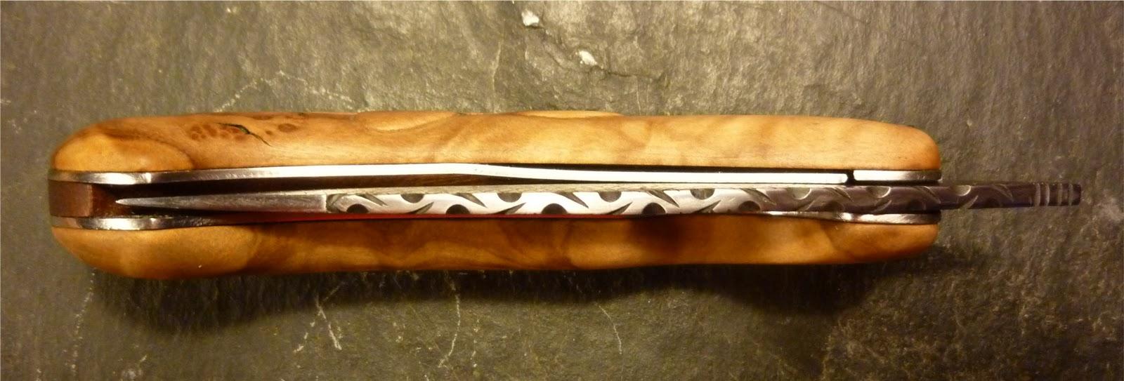 les couteaux de gr le dernier de l 39 ann e. Black Bedroom Furniture Sets. Home Design Ideas