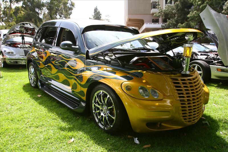 the ugly car blog pt cruiser gaudy mods galore dedicated to the ugly cars of this world. Black Bedroom Furniture Sets. Home Design Ideas