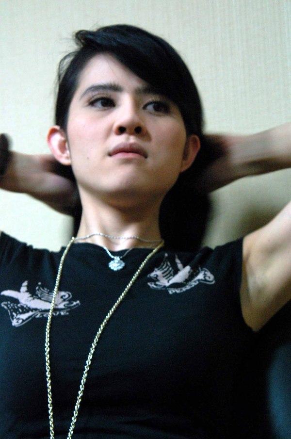 Artis Panas Indonesia   Info Celeb   Foto Artis: Cerita