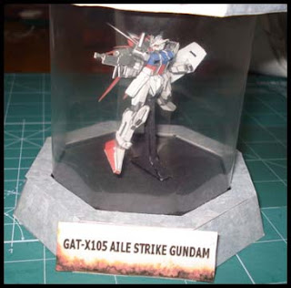 Mini Aile Strike Gundam Papercraft