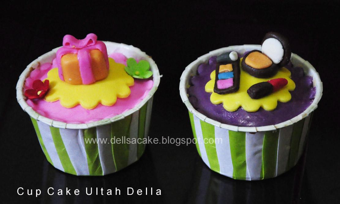 Dapurnya Mama Della dan Salma: Cup Cake Ultah Della