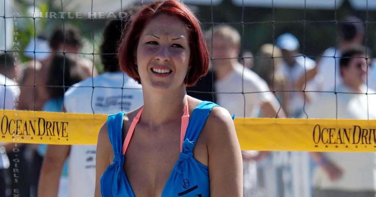 Volleyball Girls Pictures: Beach volleyball girls