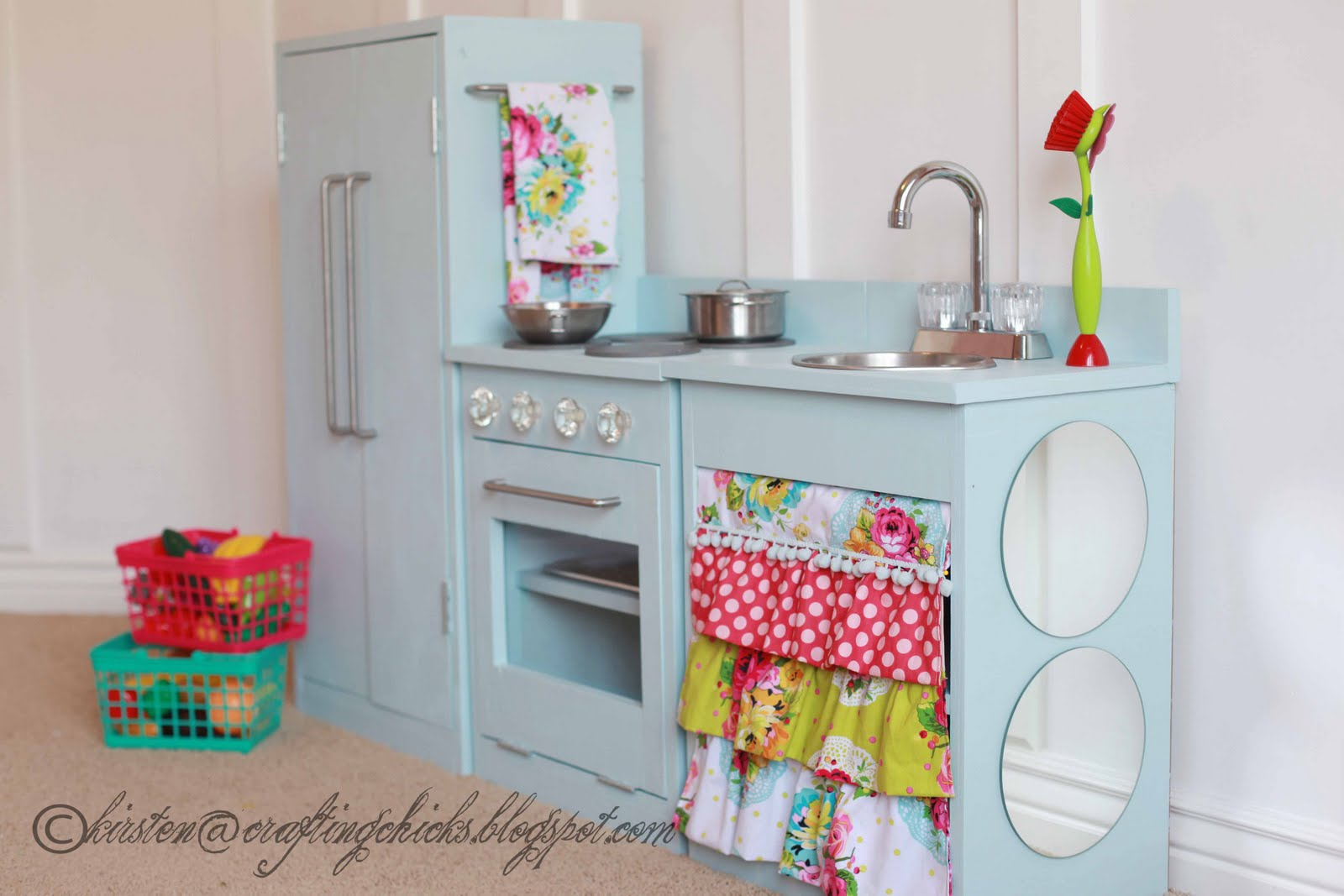 Remodelaholic | Beautiful Kids Play Kitchen by The Crafting Chicks