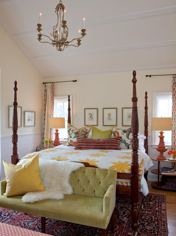 Cozy vintage style in this yellow farmhouse style bedroom by Sarah Richardson on Hello Lovely